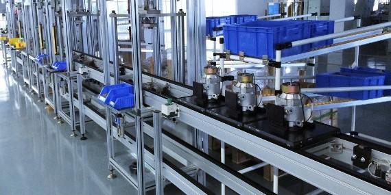 汽车空调压塑机装配自动化流水线采用双层结构省空间省人工
